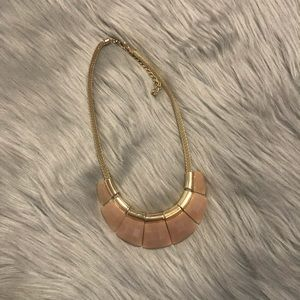 Jewelry - Pink/Nude/Gold necklace